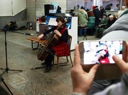 Як харківське метро стало концертним майданчиком