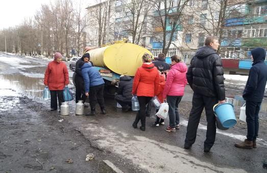 Через аварію мешканці Харківщині вимушені брати привозну воду