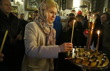 Великодню всеношну в якому храмі відвідала голова ХОДА (відео, фото)