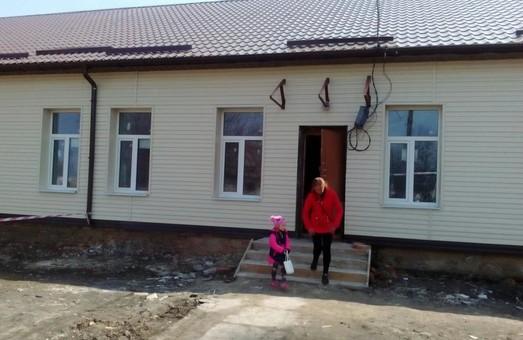 У Золочеві зараз проводиться ремонт будівлі, де розміститься гуртожиток на 24 родини переселенців - Світлична
