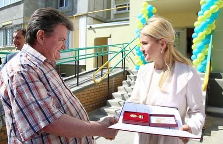 Діячі Харківського району отримали державні нагороди від Світличної