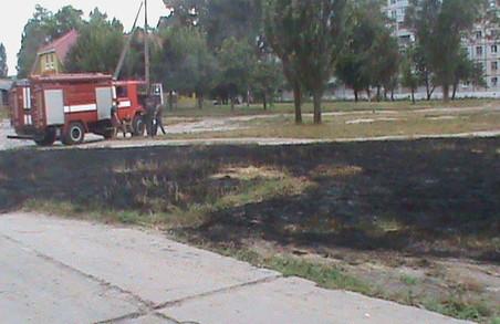 Під Харковом розпочався сезон пожеж: фото