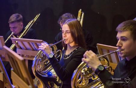 Молодіжний академічний симфонічний оркестр «Слобожанський» та Максим Розенфельд повторять резонансний концерт