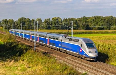 На свята з Харкова пустять додаткові потяги на Київ, Одесу та Ужгород