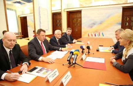 Світлична домовилася про розширення співпраці з Угорщиною, Польщею, Чехією та Словаччиною