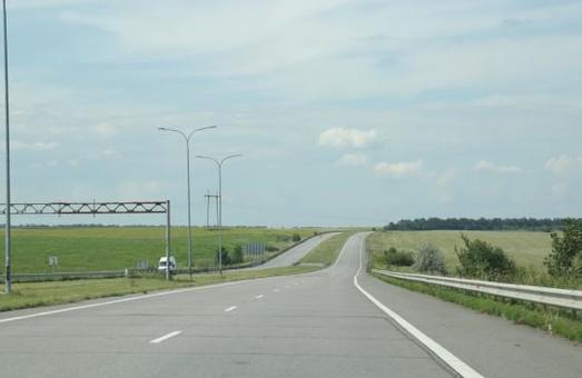 Коштом митного експерименту збільшать обсяги ремонтних робіт на 5 дорогах Харківщини