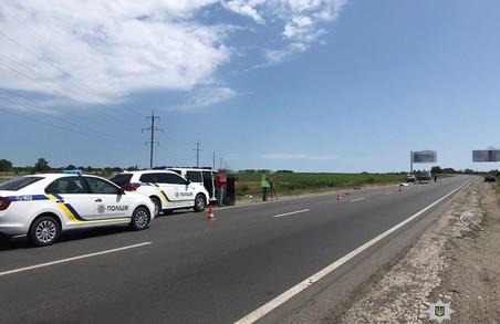 На Харківщині водій скоїв наїзд на велосипедистів. Одна людина загинула