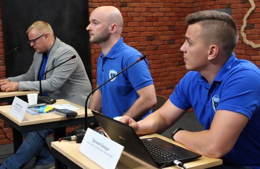 Харків'янам розповіли про пробіли, які стають на заваді національної стійкості країни