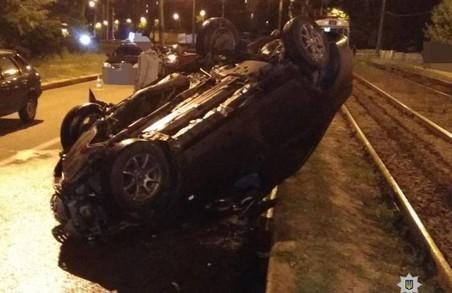 Вночі у Харкові сталася смертельна ДТП: фото