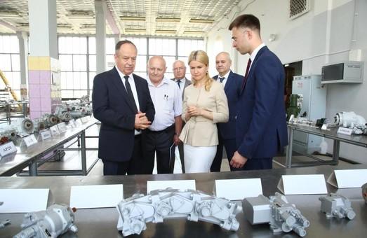 Розвитку промисловості на Харківщині приділяється особлива увага - Світлична