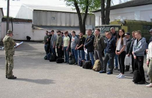 Близько 1000 жителів Харківщині поповнили лави воїнів-контрактників у 2018 році