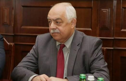 Світлична вміло керує важкими процесами відновлення української державності - Стороженко