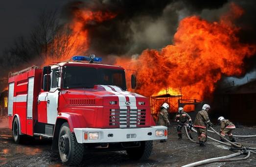 На Харківщині двоє людей загинуло внаслідок пожеж, а троє — потонуло