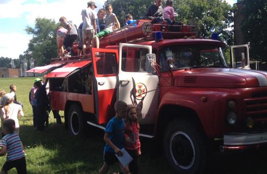 На Харківщині влаштували раптові перевірки у дитячих таборах: що і в кого знайшли