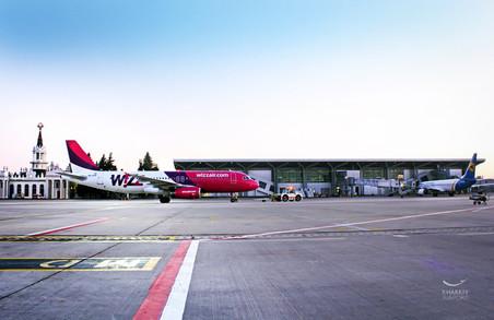 У жовтні Wizz Air запускає ще 2 рейси з Харківського аеропорту