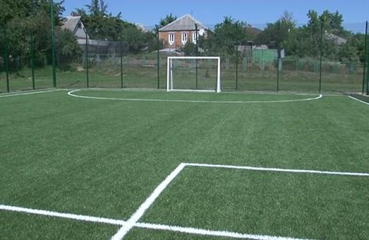 На Богодухівщині будують два сучасних спортивних майданчика. Один вже відкрили