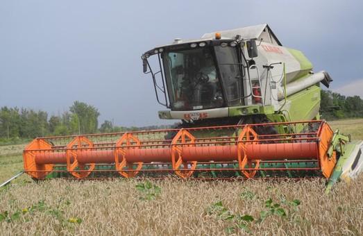 Світлична - хліборобам: Нехай щедрі лани Харківщини завжди винагороджують ваш труд багатими врожаями