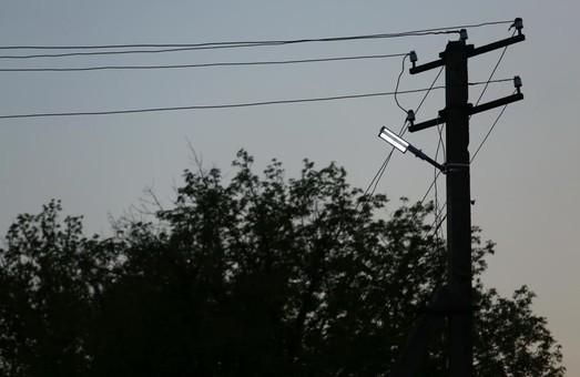 У рамках проекту «Енергія світла» ще в одному селищі Харківщини встановили 47 нових опор та 60 ліхтарів