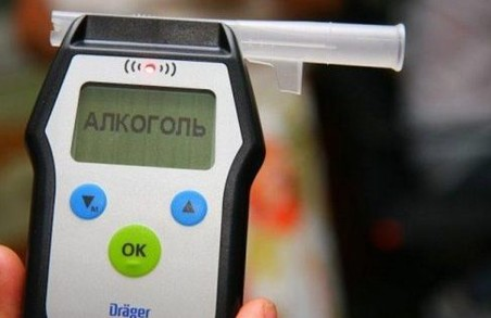 """В Харкові причиною ДТП став п'яний водій, які перевищив """"норму"""" в 16 разів"""