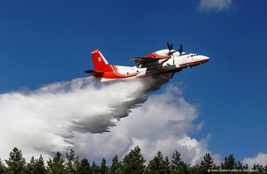 Лісову пожежу під Харковом гаситимуть з літака