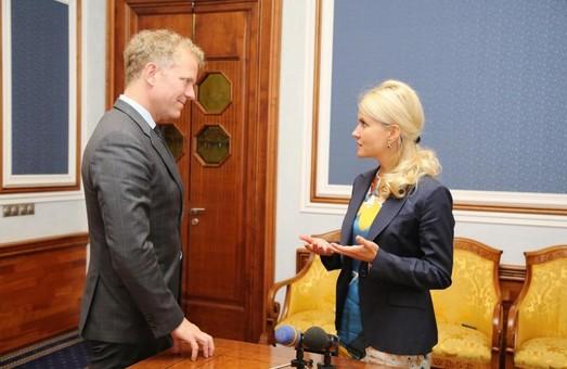Голова Офісу Ради Європи в Україні відзначив роботу Світличної над прогресом Харкова