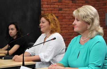 В Харкові незрячі відвідувачі музею «побачать» твори мистецтва