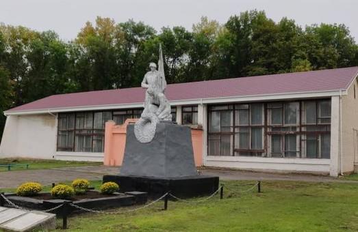 У Рунівщині триває відновлення будинку культури. Світлична розповіла, які ще проекти ралізуються в населенному пункті