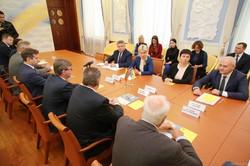 Світлична провела робочу зустріч з Послом Литовської Республіки в Україні Марюсом Януконісом