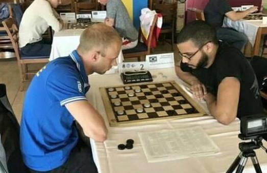 Харків'янин завоював статус чемпіона світу з шашок