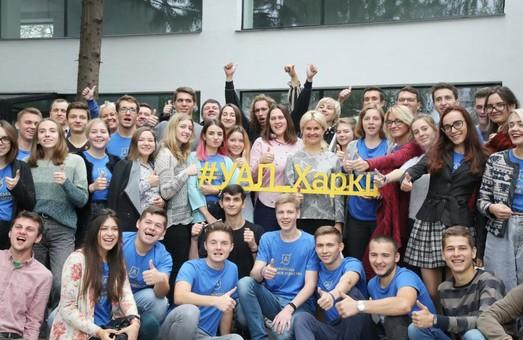 Молоді, амбітні та досвідчені люди будуть розбудовувати Україну – Світлична