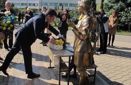 Харків'яни привітали поляків із 100-річчя відновлення незалежності