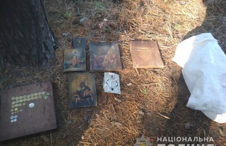 На Харківщині була обкрадена церква (фото)