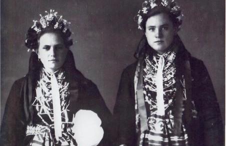Харків'яни можуть помилуватися традиційним слобожанським вбранням