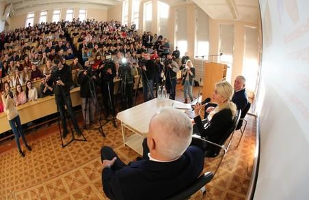 Світлична та Ярославський поспілкувалися зі студентами університету харчування й торгівлі