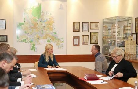 Сітлична зустрілася з колективом компанії «Житлобуд-2»