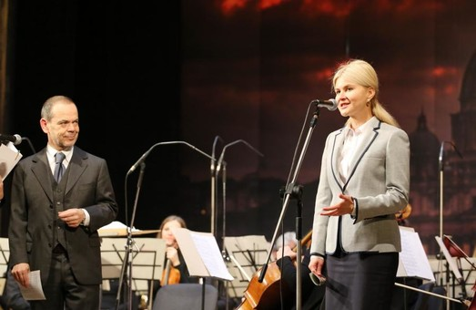 Юлія Світлична та Давіде ла Чечіліа відкрили концерт «Музика та їжа» (ФОТО)
