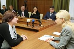 Світлична провела прийом громадян у ХНЕУ ім. С. Кузнеця