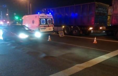 Поліцією Харкова встановлюються обставини ДТП, в якій загинув пішохід