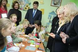 Світлична разом з дітьми випекла святкові смаколики для учасників ООС