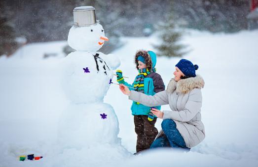 Харків'яни ліпитимуть сніговиків та допомагатимуть дитячій лікарні