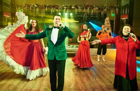 Свято в атмосфері світської розкоші: Kharkiv Palace запропонував феєричну новорічну вечірку