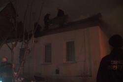 В Харкові загорівся приватний будинок(фото)