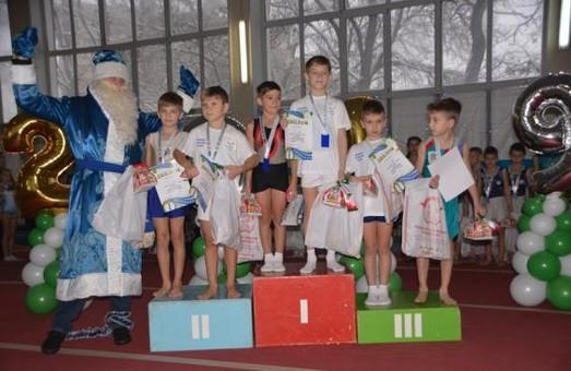Харківські акробати завершили рік традиційним турніром