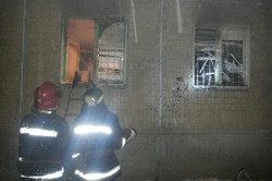 В житловому будинку Харкова спалахнула пожежа (Фото)