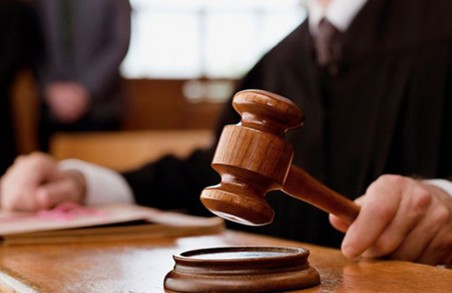 На Харківщині судитимуть екс-начальницю, яку підозрюють в зловживаннях