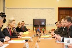 Харківщина ставить за пріоритет розвиток відносин зі Словацькою Республікою — Світлична