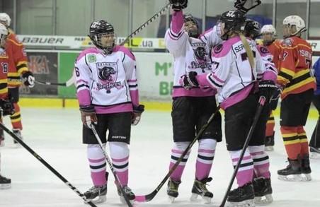 Харків'янки двічі перемогли в четвертому турі чемпіонату з хокею