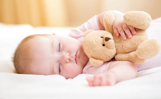Уряд збільшує соціальну допомогу сім'ям, в яких народжуються діти