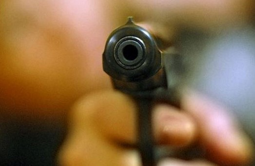 В Харкові п'яний чоловік влаштував стрілянину