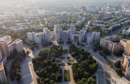 Сквер на площі Свободи відкриється в серпні